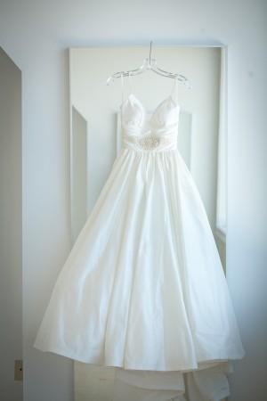 Lazaro-Gown