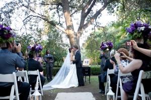 Outdoor-Wedding-Ceremony-Under-Trees