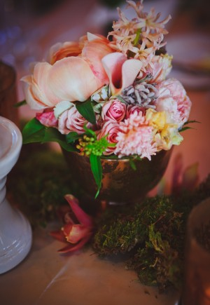 Peach-Pink-and-Moss-Wedding-Centerpiece