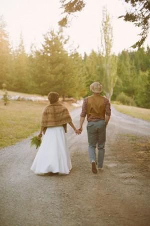 Rustic-Woodland-Wedding-Ideas-7