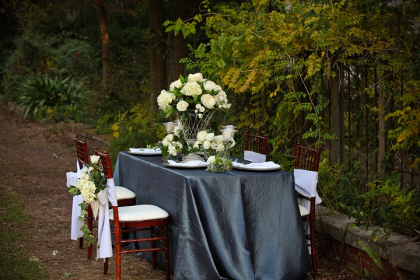 Slate-Green-White-Wedding-Tablescape