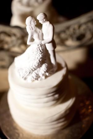 Small-White-Wedding-Cake