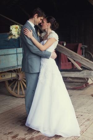 Vermont-Barn-Wedding-Deborah-Zoe-Photography-10