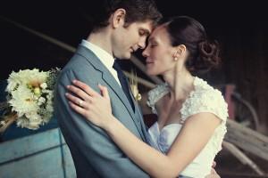 Vermont-Barn-Wedding-Deborah-Zoe-Photography-11