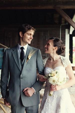 Vermont-Barn-Wedding-Deborah-Zoe-Photography-12