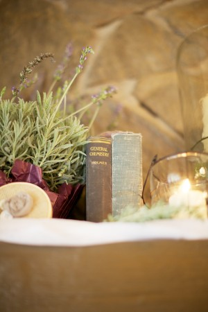 Vintage-Book-Wedding-Decor