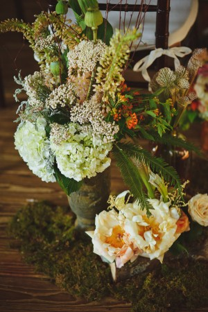 Wedding-Ceremony-Flower-Decor