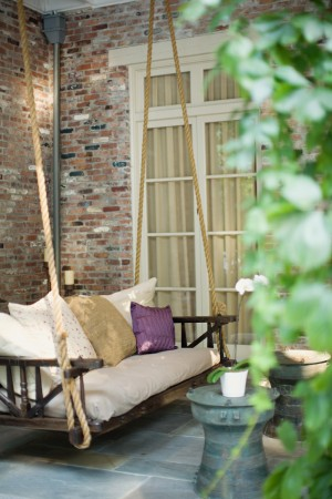 Wedding-Reception-Chair-Porch-Swing
