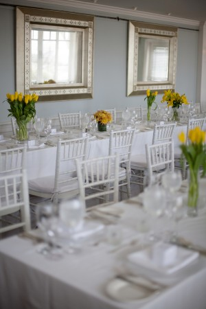White-and-Yellow-Wedding-Tablescape