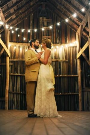 Barn-Wedding-Decor