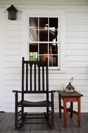 Cabin-Rocking-Chair