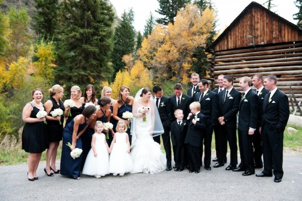 Elegant-Black-and-Navy-Wedding-Party