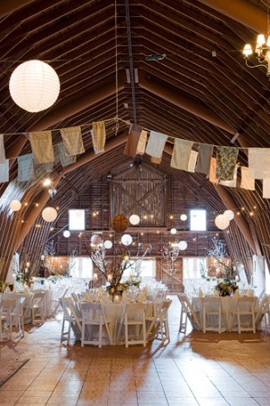 Fabric-Bunting-Barn-Wedding