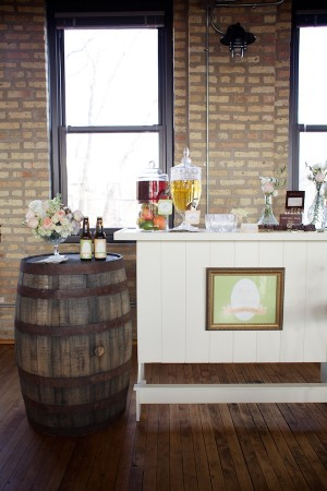 His-and-Her-Wedding-Bar