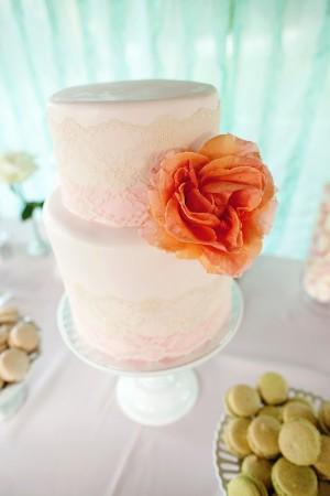 Lace-Peony-Decorated-Wedding-Cake