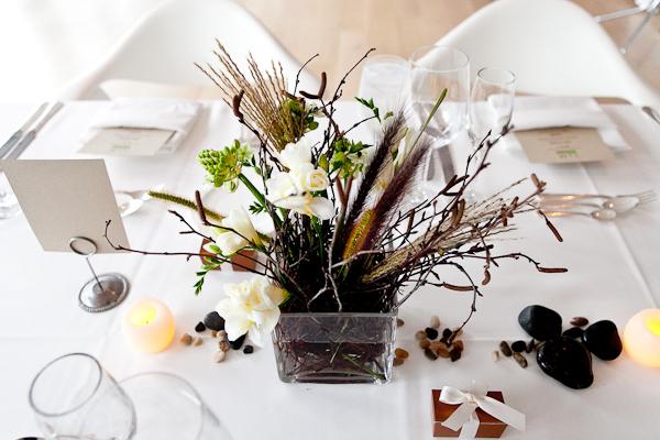 Modern-Natural-Wedding-Centerpiece