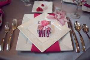 Mr-and-Mrs-Placesetting