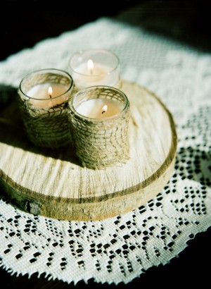 Natural-Wood-and-Twine-Centerpiece
