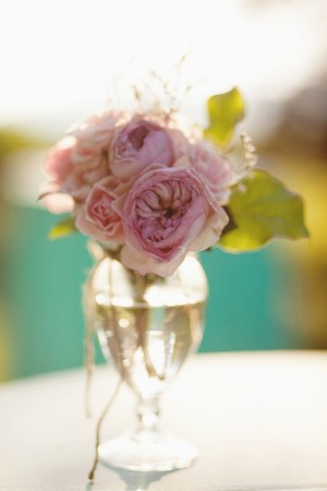 Pink-Roses-and-Peony-centerpiece