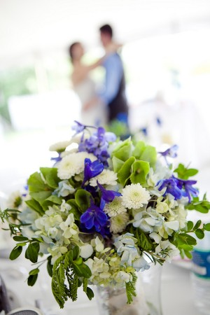 Purple-Mum-Hydrangea-Boxwood-Bouquet