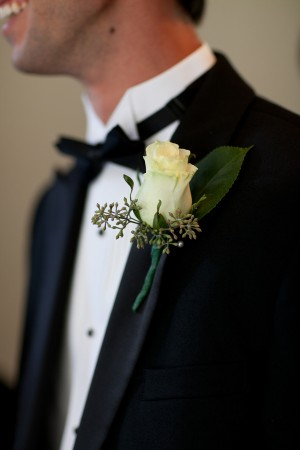 Rose-Boutonniere