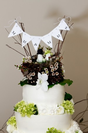 Rustic-Bunting-Wedding-Cake-Topper