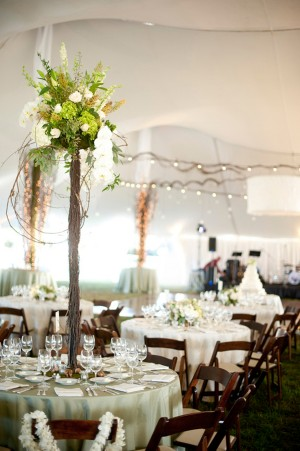 Tall-Green-and-White-Wedding-Centerpiece