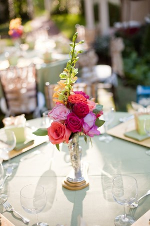 Vibrant-Pink-and-Fuchsia-Centerpiece