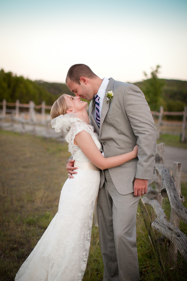 Vintage-Texas-Western-Wedding-by-Amelia-Tarbet-5
