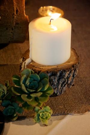 Wood-Slice-Pillar-Candle-Holder