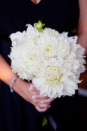 large-white-dahlia-wedding-bouquet