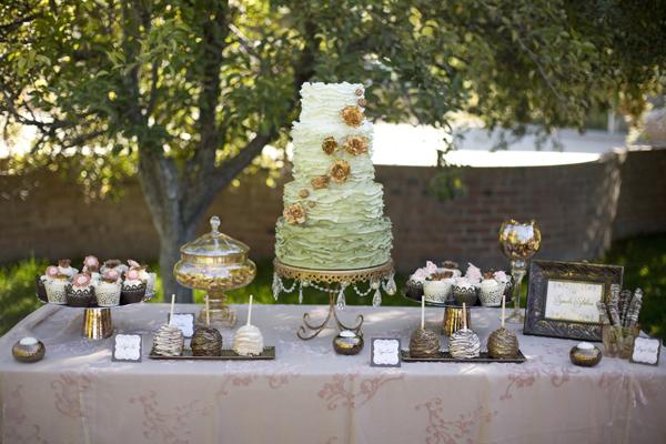 Copper-Green-Ombre-Ruffled-Wedding-Cake