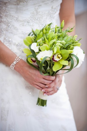 Green-Orchid-Lisianthus-Bouquet