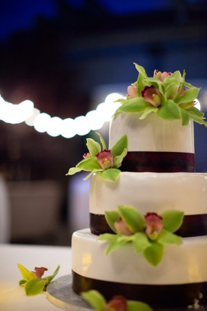 Green-Orchid-Wedding-Cake