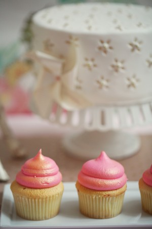 Guilded-Pink-Cupcakes