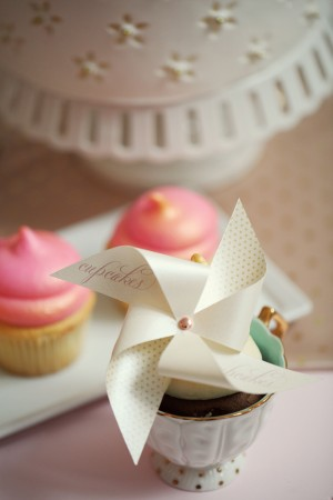 Pinwheel-Cupcake-Topper