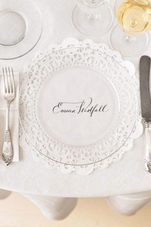 doily-calligraphy-place-mat