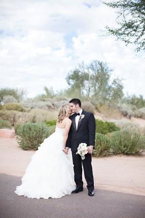 Elegant-Outdoor-Jewish-Arizona-Wedding-by-Gina-Meola-Photography-9