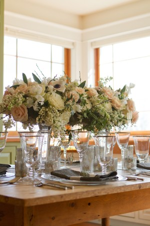 Elegant-Spring-Blush-and-Ivory-Tablescape-by-Rodeo-and-Co-Photography-2
