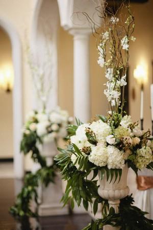 Hydrangea-Hypericum-Orchid-Branch-Floral-Arrangement