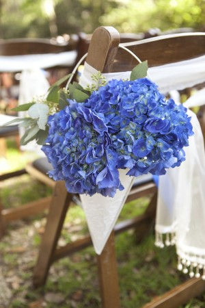 Hydrangea-Wedding-Ceremony-Aisle-Chair-Decor