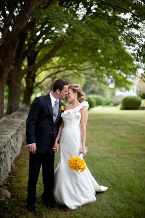 Modern-Elegant-Rhode-Island-Wedding-by-Samuel-Lippke-5