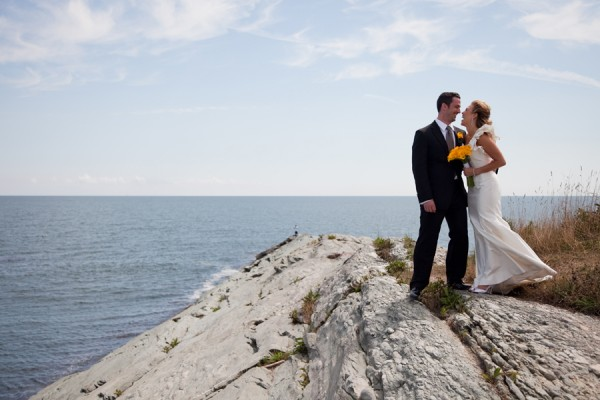 Modern-Elegant-Rhode-Island-Wedding-by-Samuel-Lippke-8