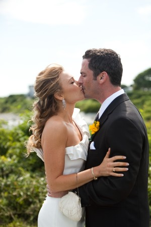 Modern-Elegant-Rhode-Island-Wedding-by-Samuel-Lippke-9