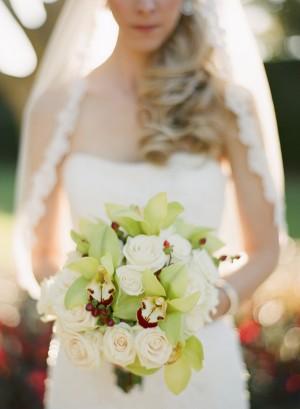Orchid-Rose-Hypericum-Bouquet