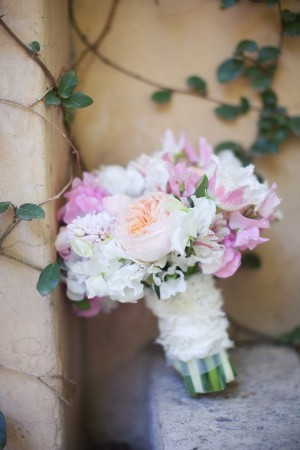 Pink-and-Peach-Rose-and-Sweet-Pea-Bouquet
