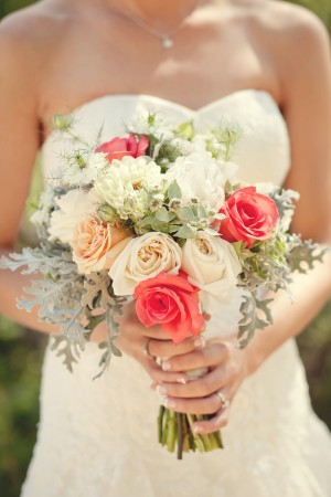 Rose-and-Dusty-Miller-Bouquet