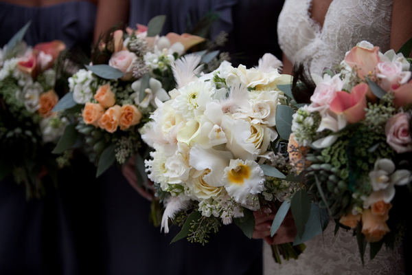 Soft-Textured-Wedding-Bouquets