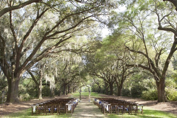 South-Carolina-Wedding-Ceremony-Under-Spanish-Moss