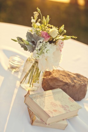 Vintage-Book-and-Flower-Centerpiece